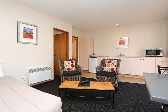 Admiral Court Motel & Apartments: Standard One Bedroom King