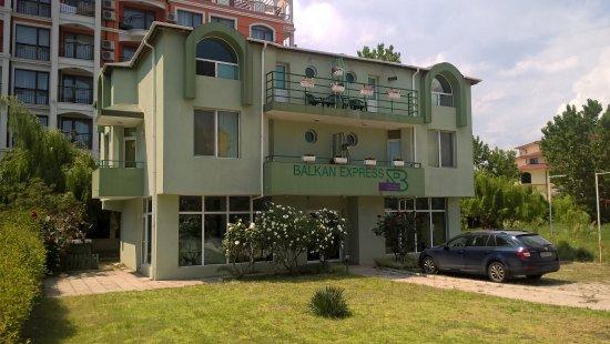 Balkan Express Guest House