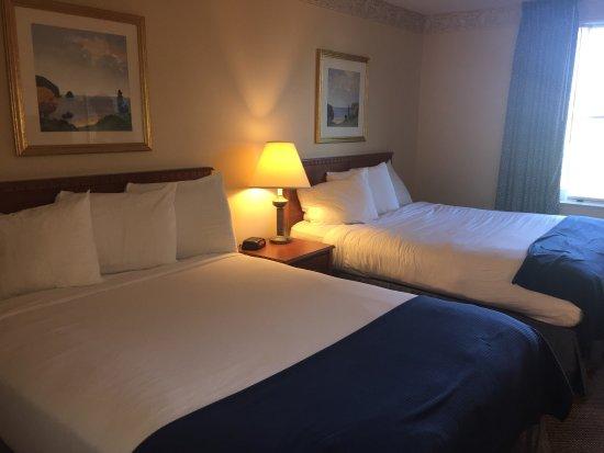 Baymont Inn & Suites Ft. Leonard/Saint Robert: photo2.jpg