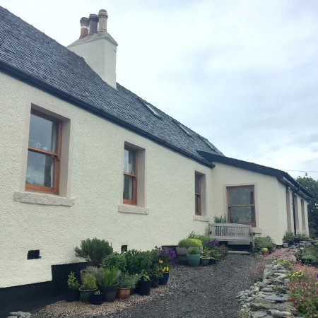The Old School House: Beautifully refurbished house.