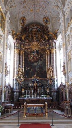 Neuburg an der Donau, Germany: Hochaltar