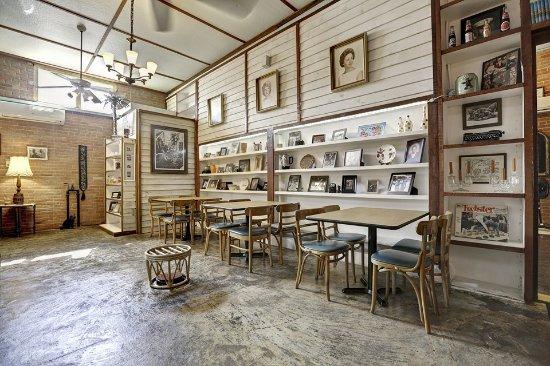 Sand Dollar Cafe: Feels like home