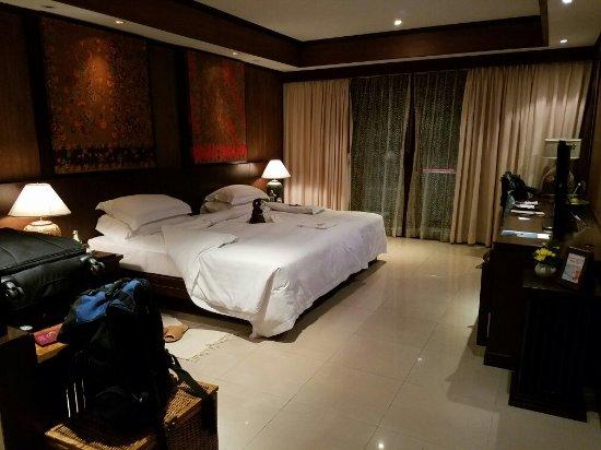 Bo Phut Resort & Spa: 20160616_195728_large.jpg