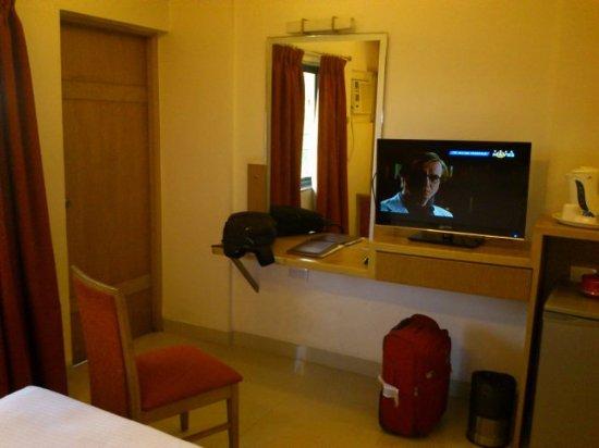 Hotel Supreme: inside view