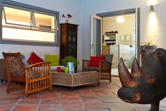 Vondelhof Guesthouse: sitting area
