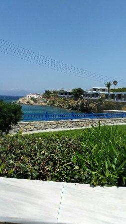 Poseidon Hotel - Suites: IMG-20160621-WA0006_large.jpg