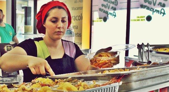 Villamarchante, España: Variedad de Arroces y Carnes