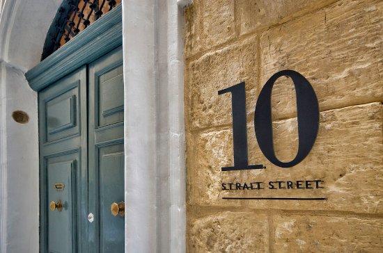 10, Strait Street