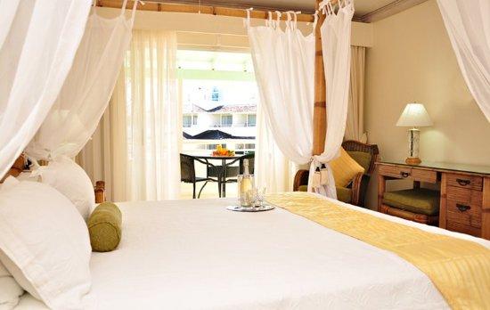 Bougainvillea Beach Resort: Honeymoon Suite