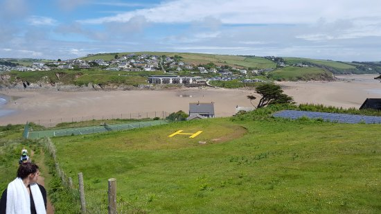 Parkdean - Challaborough Bay Holiday Park: The View to the Resort