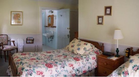 Norfolk, CT: Guest Room