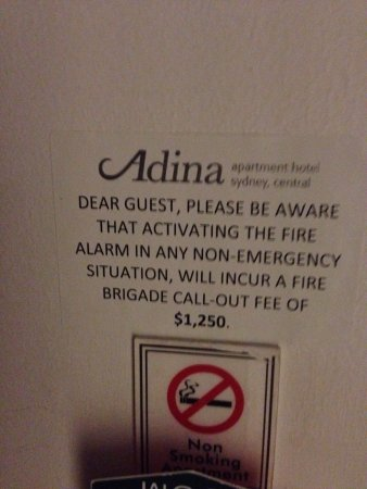 Adina Apartment Hotel Sydney, Central: False alarms are apparently quite common!