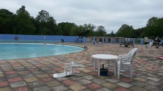Broad farm caravan park campground reviews great - Hotels with swimming pools in norfolk ...