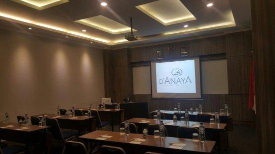 D'Anaya Hotel Bogor : Meeting Room