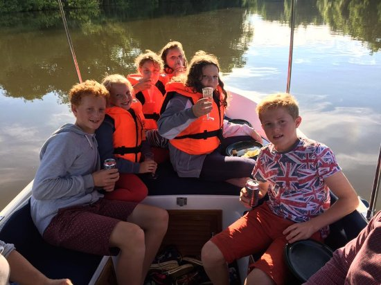 AV Boats: The children loved it