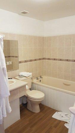 Dolserau Hall Hotel: 20160618_193507_large.jpg