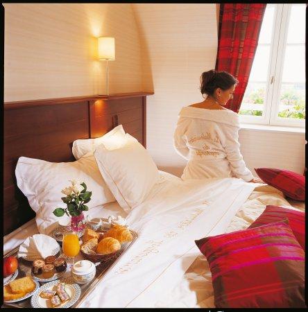 Petit Dejeuner Au Lit Hotel Spa St Malo Picture Of La