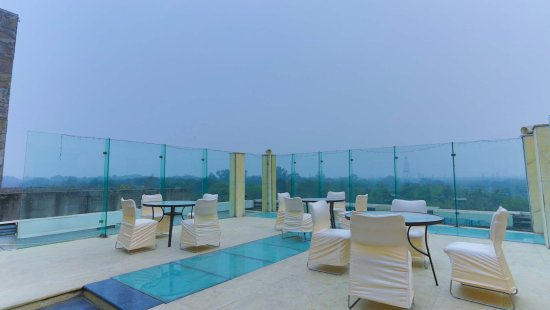 Thirty Three - The Boutique Hotel: Terrace