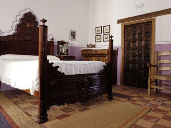 Casa palacio conde de garcinarro ahora 67 antes 7 9 for Precio habitacion matrimonio completa