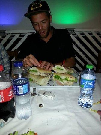 Saona Cafe: YUMMMMM!!! :)