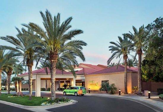 Photo of Courtyard by Marriott Phoenix Mesa