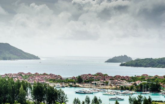เบย์ วิว วิลลา: This is the view that greeted me on waking while staying at Bay View Studio - it was just awesom