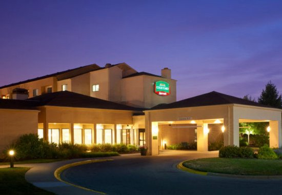 Photo of Courtyard By Marriott Indianapolis Airport