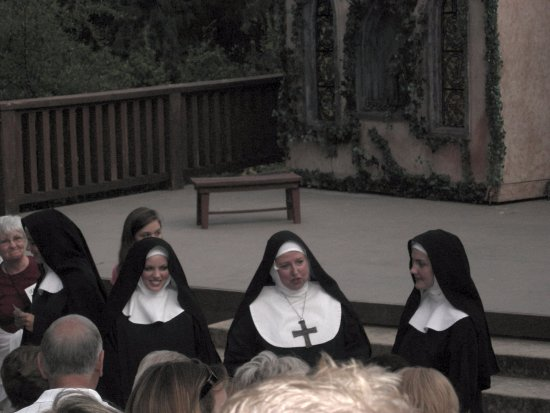 Leavenworth Summer Theater: Actors from Sound of Music