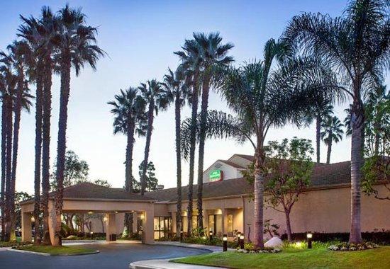 Photo of Courtyard By Marriott Huntington Beach Fountain Valley
