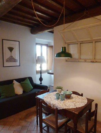 Cucina con vista Picina - Picture of Rocca del Palazzaccio Dolce ...