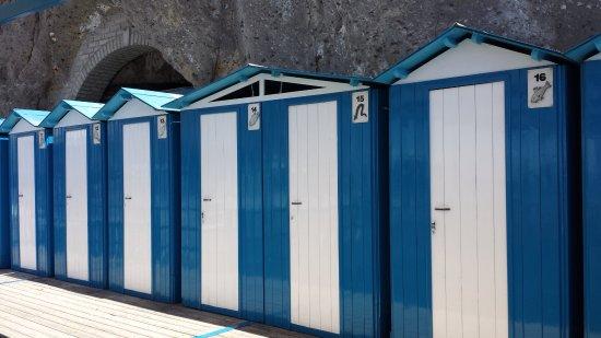 Sant'Agnello, Italy: cabines pour se changer