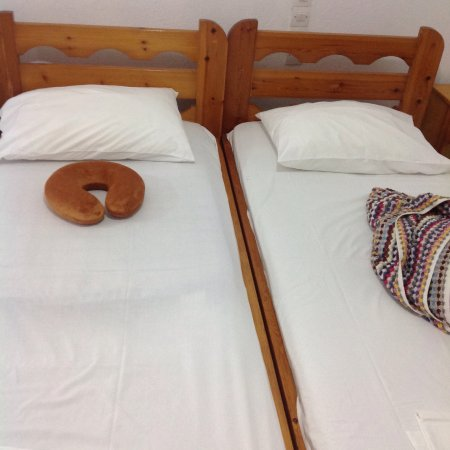 Hotel Megali Ammos House: No dobble bed in any of the room