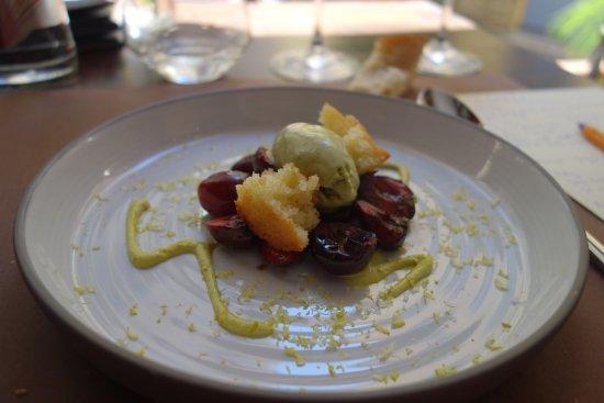 L'Arazur : Cerises tièdes glace pistache