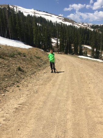 Copper Mountain Ski Area: Hiking trail on top of Copper