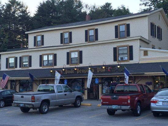 Sanbornville, NH: Poor Peoples Pub