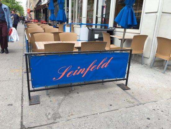 tomus restaurant mesas exterior