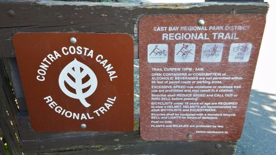 Contra Costa Canal Trail : Contra Costa Canal Trali, Pleasant Hill, CA, May 2016