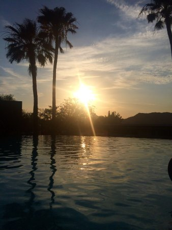 Sanctuary Camelback Mountain: Stayed in the Spa House; totally amazing!!!! The staff is very friendly, this is a nice place to