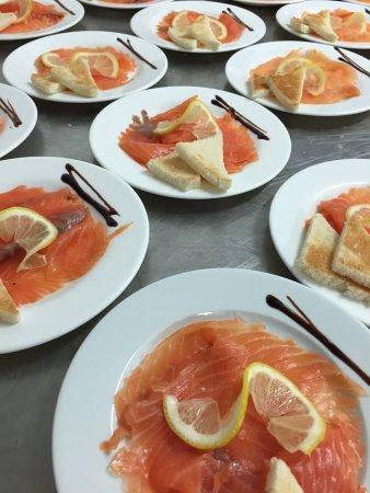 Hotel de France: notre saumon  fumé par nos soins