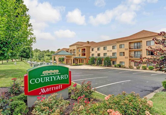 Photo of Courtyard by Marriott Paducah West