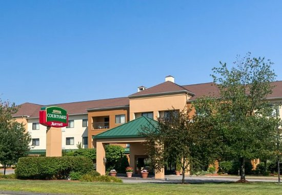 Photo of Courtyard by Marriott Boston Westborough