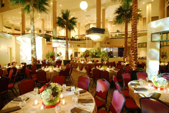 Doubletree Dallas Near the Galleria: Palm Court