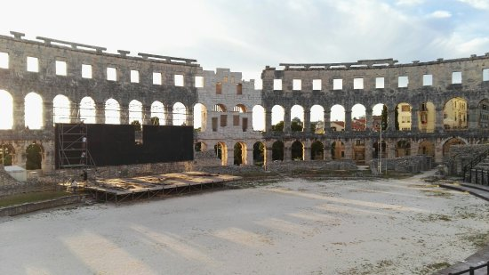 The Arena in Pula: IMG_20160621_201231_large.jpg