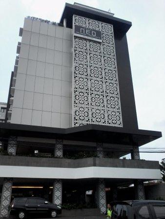 Malioboro Jakarta, Tempat Hiburan Malam Favorit Pria Ibu