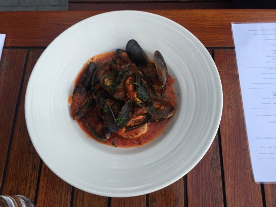 Tompkins: Mussels and gamborini to start and steak and seafood pasta for mains