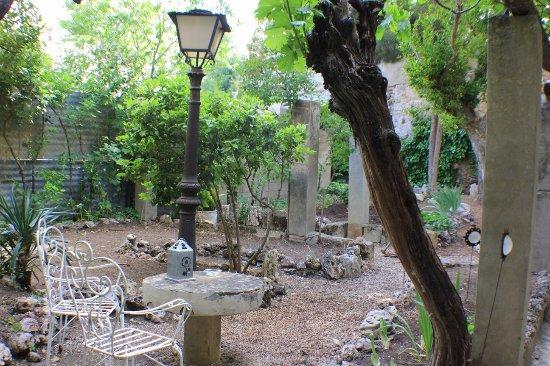Huete, إسبانيا: Jardin y Huerto