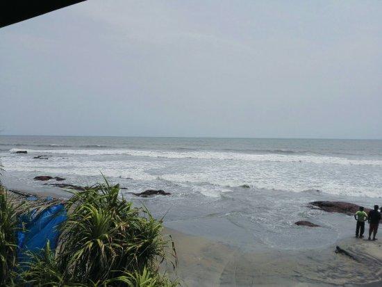 Ashvem Beach, الهند: IMG_20160606_134047_large.jpg