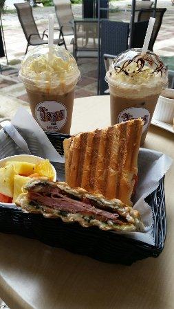 Java 654 Coffee Shop: 20160623_111228_large.jpg