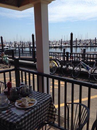 Atlantic Highlands, نيو جيرسي: Great harbor area !