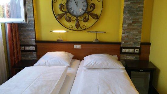 Hotel Sperling: Ruime kamer met liefde ingericht